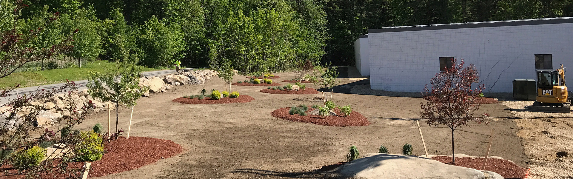 Large commercial landscaping job done by JAM Corporation